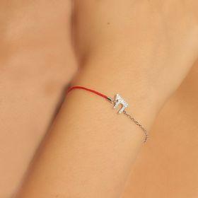 צמיד חי משולב עם חוט אדום ושרשרת