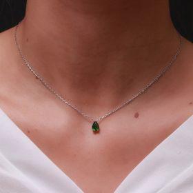 שרשרת משובצת עם זירקון  טיפה קטן בצבע ירוק