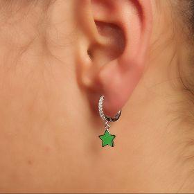 עגיל חישוק  עם כוכב עדין בצבע ירוק